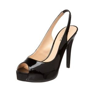 🎀NWOB🎀 Guess Layla Patent Leather Pump Black